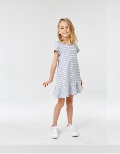 Платье для девочки р.116, серо-белое в полоску UMKA